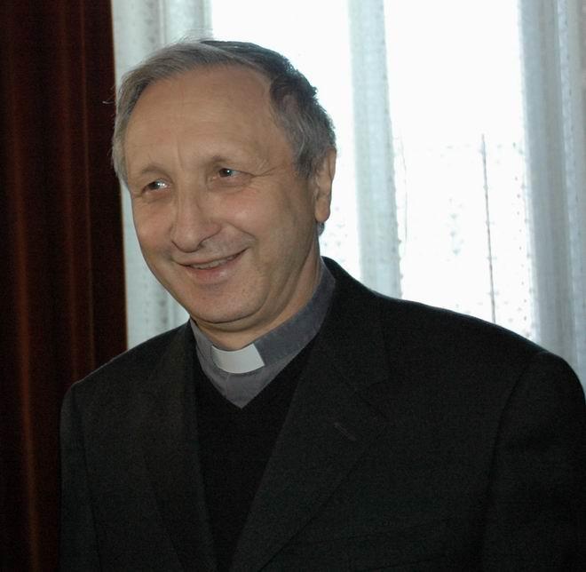 Vescovo Luciano Monari